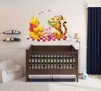 Фото: Виниловые наклейки для детской Винни Пух
