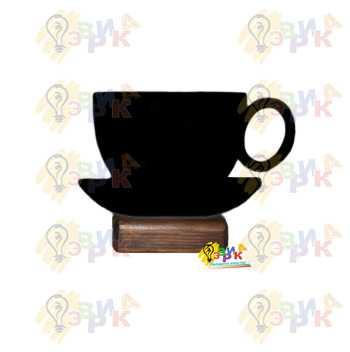 Фото: Меловая табличка на подставке чашка с блюдцем