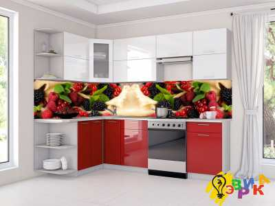 Фото: Пластиковый кухонный фартук Ягоды